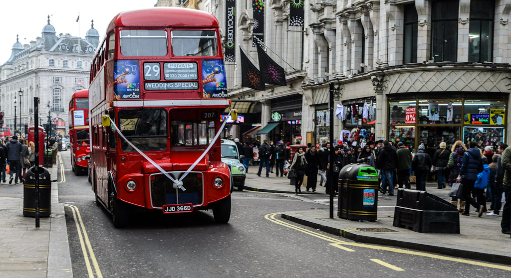 Special service wedding bus at Picadilly Circus