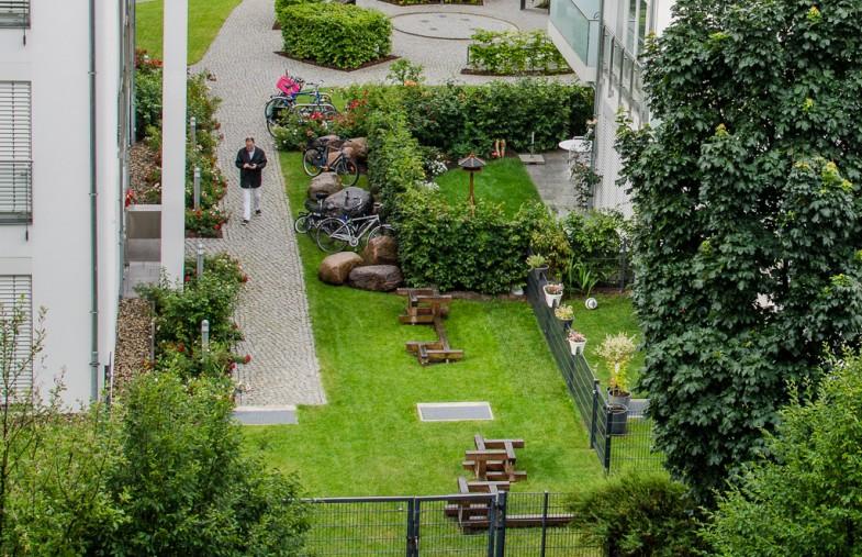 garden_buildings