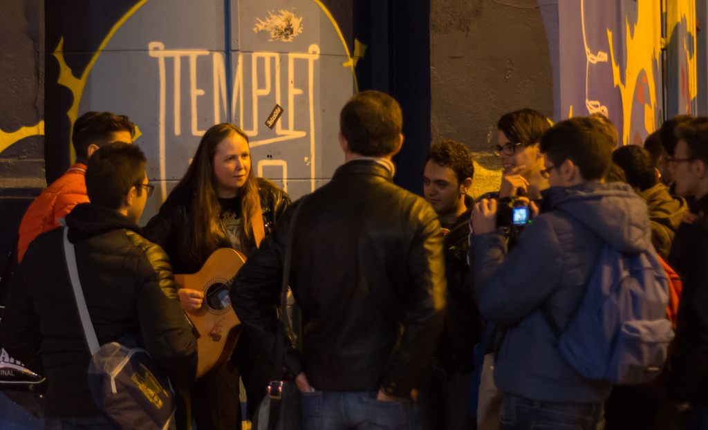 Many street artists perform at night at Temple Bar area